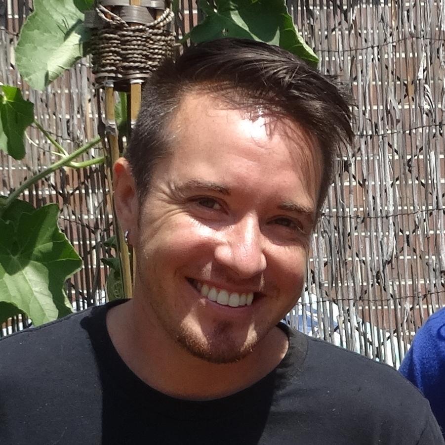 Nico Amador